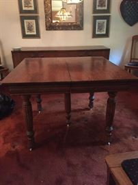 same oak dining room table without the leaves