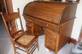 Tiger Oak Rolltop Desk w/Matching Chair