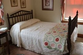 3/4 Size Antique Spindle Bed. Excellent condition.