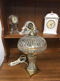 A lamp with more clocks