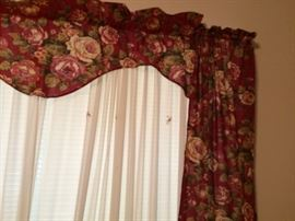 Window treatments/curtains