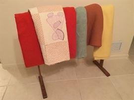 Misc. blankets & quilt