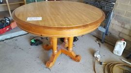 Round wood table    $75  Buy ahead  NOW only $35