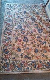 Hooked rug 3'x5'