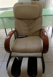 HCE050 Leather Recliner by Human Touch Technology