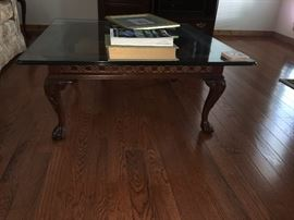 Pennington House queen Ann-style glass top coffee table
