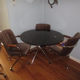DAYSTROM MID-CENTURY TABLE & SEATING