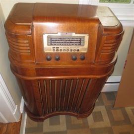 Philco Tube Radio