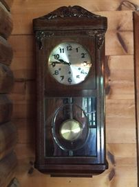 Several clocks to choose from