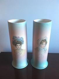 Ioga portrait vases
