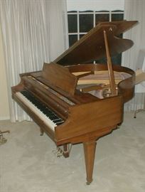 "Kimball 4'10"" Baby Grand in wonderful condition!  circa 1970's.  Great for small house or condo. serial number  865820"