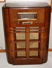 1940S GE Radio
