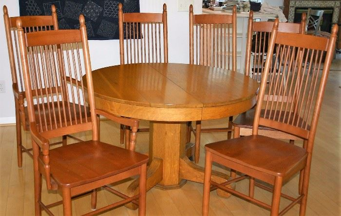 """Oak Round Table; 6 Cherry """"Spindle"""" Chairs (2 w/Arms)"""