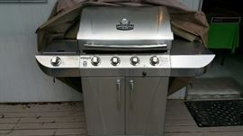 fantastic gas-charcoal BBQ, like new, barely used  Charbroil   its on the deck - upstairs thru the kitchen