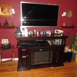 Samsung HD TV TV Stand/Heater/Fireplace