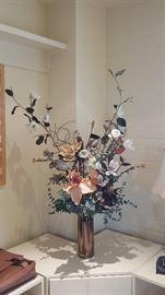 Beautiful Bouquet wirh Hanger Floral Vase