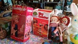 Raggedy Ann & Andy & vintage Gabbigale doll.