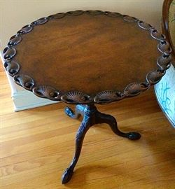 Large Antique Lamp / End Table with Gorgeous Detailing