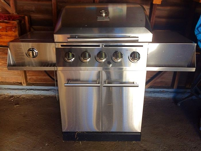 Large Stainless Steel Five Burner Grill