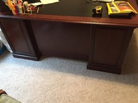 Cherry wood office desk with black inlay top Like New $350.00 **BUY IT NOW PAYPAL**LOT#815