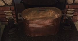 Fireplace bucket with lid