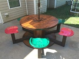 Spool Table Tractor Seats