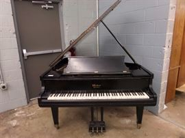 WEBER 1913 BABY GRAND PIANO