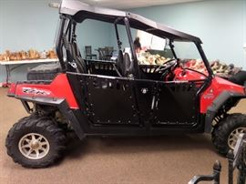 POLARIS OFF ROAD 4 PEOPLE, ABOUT 500 MILES