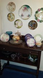 Much china!! Dishes, bowls, plates