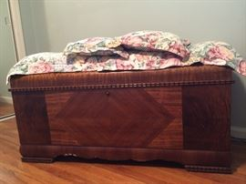 Cedar Chest, LANE Altvista, VA