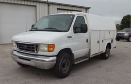 2004 E350 Super Duty Van Cab Chassis with KUV Body, 226,939 Miles, VIN:1FDSE35L24HA08814