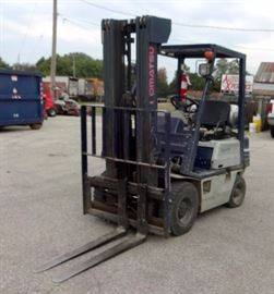 Komatsu Propane Forklift Model FG15HT-15, 2540# Capacity, 3100 Hrs,