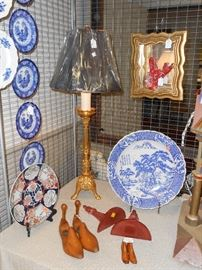 gilt bronze lamp, gilt wood shadow box with natural coral, and blue ware