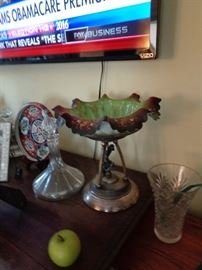 1890's Brides Bowl Stand Sold Separately As It Should Have a Different Bowl That Goes In It