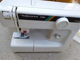 Vintage Toyota Sewing Machine