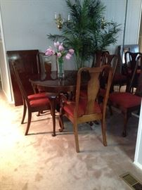 Round / Oval Drexel  Cherry Dining Table with Leaf and Matching Chairs