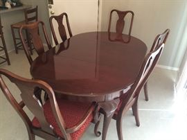 Drexel  Cherry Dining Table and Chairs