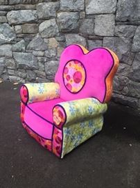 Kids Lounge chair - practically NEW