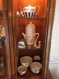 Teapots, Coffeepot, Hall Autumn Leaf Jewel Tea Bowls, Occupied Japan,