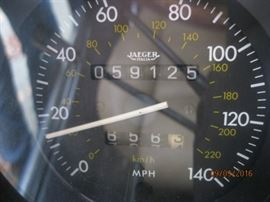 Confirmed odometer reading, Auto Check History Report available for viewing