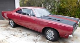 1968 Plymouth Roadrunner 383 Hardtop (15,676 miles)