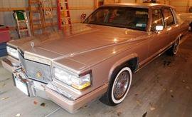 1992 Cadillac Fleetwood Brougham D'Elegance 4 Door Sedan 36,961 Miles