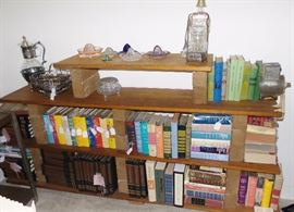 Books, children's books 60s/70s, Reader's digest condensed, Boy & girl scouts.  Decanters, Juice Reamers,  grinders