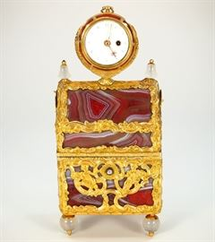Important 1740 Gold & Agate Necessaire with Diamond