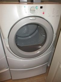 Matching whirlpool front load dryer