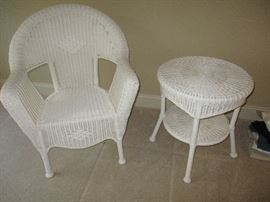 White patio wicker chair & round table