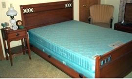 Part of 4 pc bedroom suite - Bed and night stand