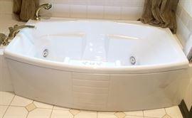 Jacuzee tub