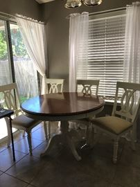 Dinette with four chairs. Table expands!
