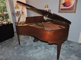 CHICKERING BABY GRAND PIANO IN BURL WALNUT